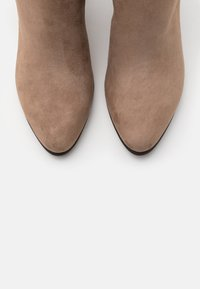 Marco Tozzi by Guido Maria Kretschmer - Classic ankle boots - taupe - 5