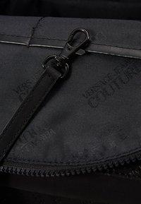 Versace Jeans Couture - Batoh - black - 5