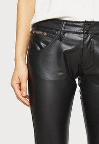 Herrlicher - TOUCH - Trousers - black - 3