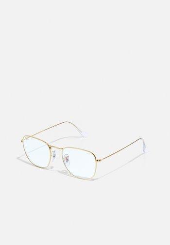 UNISEX PHOTOCHROMIC BLUE LIGHT - Sunglasses - legend gold