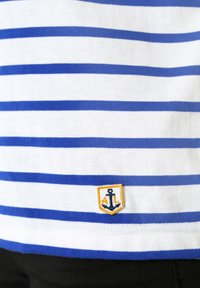 Armor lux - HOËDIC MARINIÈRE - Print T-shirt - blanc/etoile - 2