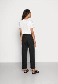 Gina Tricot - COMFY - Straight leg jeans - offblack - 2