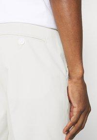 Selected Homme - SLHSLIM MYLOLOGAN  - Kalhoty - egret - 4