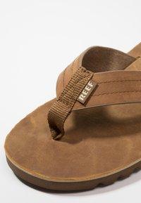 Reef - VOYAGE - T-bar sandals - brown/bronze - 5