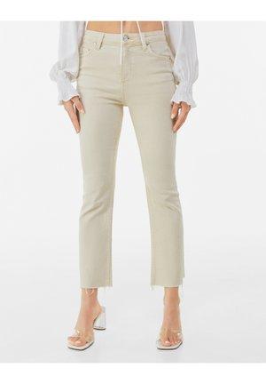 TWILL KICK  - Flared Jeans - camel