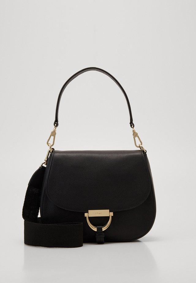 TEMI MEDIUM - Käsilaukku - black