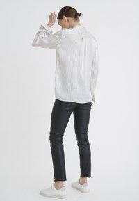 InWear - LEONORE  - Button-down blouse - black/white - 2