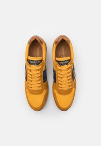 Pantofola d'Oro - UMITO UOMO - Sneakers laag - curry - 3