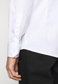 Eton - Koszula biznesowa - white - 6
