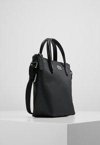 Lacoste - SHOPPING CROSS BAG - Handbag - black - 3