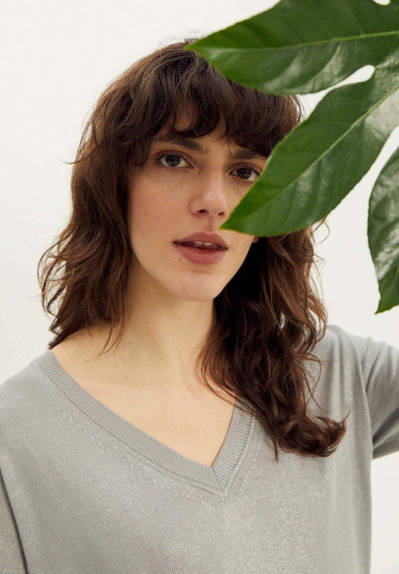 More & More - Basic T-shirt - grau