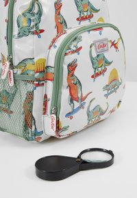 Cath Kidston - KIDS CLASSIC LARGE WITH POCKET - Batoh - white/green - 5