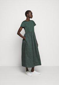 WEEKEND MaxMara - PALCHI - Jersey dress - dunkelgruen - 0