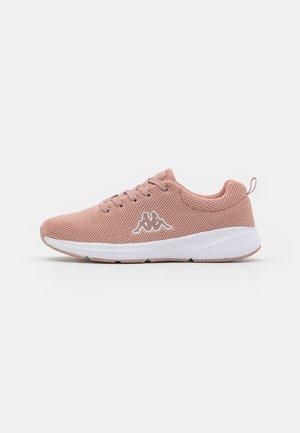 BUNBURY - Sportovní boty - dark rosé/white