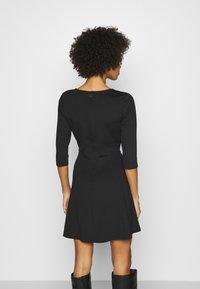 GAP - PONTE DRESS - Jumper dress - true black - 2