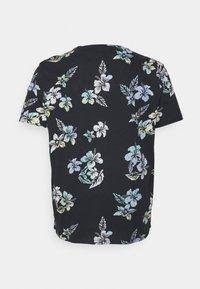 Jack & Jones - JORHAZY TEE CREW NECK - T-shirt med print - dark navy - 1
