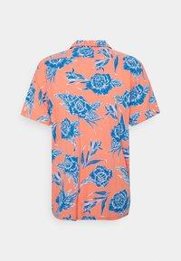 Levi's® - CLASSIC CAMPER UNISEX - Shirt - yellows/oranges - 7