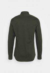 Calvin Klein Tailored - LOGO STRETCH EXTRA SLIM - Formal shirt - green - 1