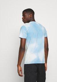 Hollister Co. - CREW WASH - Print T-shirt - greenish blue - 2