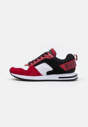 HECTOR - Sneakers - white/chili pepper/black