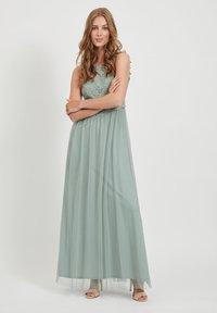 Vila - VILYNNEA MAXI DRESS - Vestido de fiesta - green milieu - 4