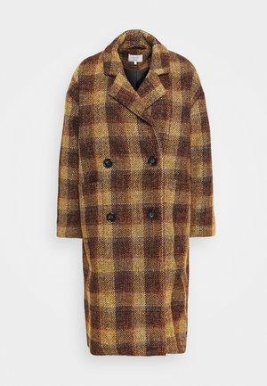 NUBETHIA COAT - Zimní kabát - leather brown