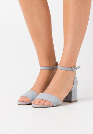 Sandales - pastle blue