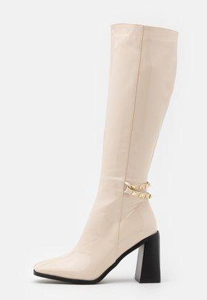 DONITA - Vysoká obuv - offwhite