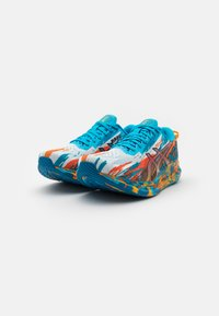 ASICS - NOOSA TRI 13 - Chaussures de running compétition - digital aqua/marigold orange - 1