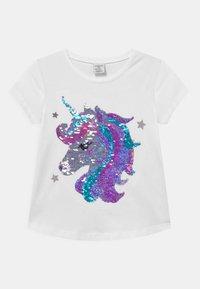 Lindex - FLIP SEQUINS UNICORN - Print T-shirt - light dusty white - 0