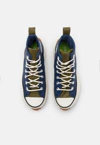 Converse - RUN STAR HIKE - Zapatillas altas - navy/dark moss/egret - 5