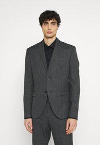 Isaac Dewhirst - Oblek - grey - 2