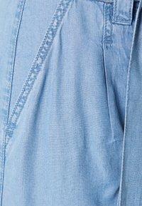 Dranella - DRJARA FASHION FIT  - Shorts - light-blue denim - 2