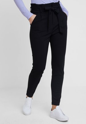 VMEVA LOOSE PAPERBAG PANT - Broek - black