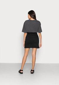 Calvin Klein Jeans - MONOGRAM HEAVYWEIGHT SKIRT - Mini skirt - black - 2