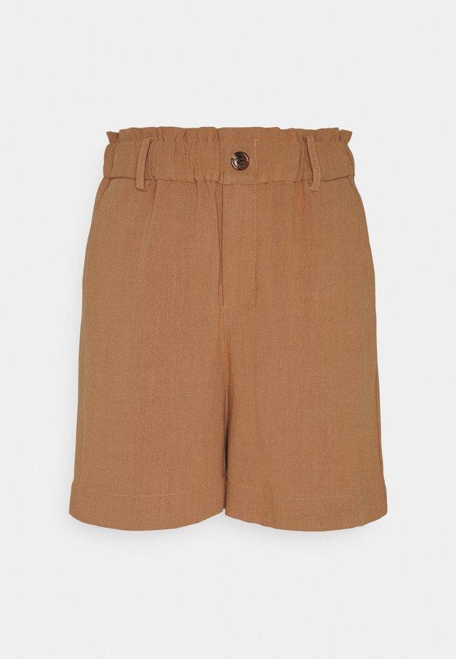 BYJOHANNA  - Shorts - thrush
