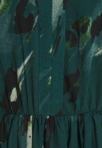 Vero Moda - VMSASHA CAP SLEEVE DRESS - Day dress - sea moss - 2