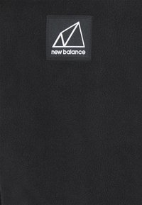 New Balance - ALL TERRAIN POCKET CREW - Fleece jumper - black - 6