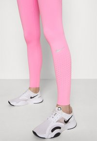 Nike Performance - EPIC LUXE - Tights - pink glow/silver - 4