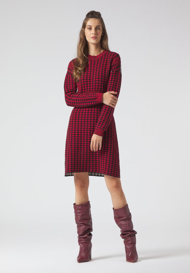 Jumper dress - rosso-nero-panna
