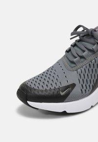 Nike Sportswear - AIR MAX 270 - Tenisky - smoke grey/hyper pink/black/white - 6
