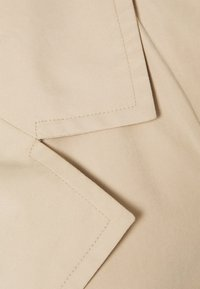Vero Moda Tall - VMBILLIEDAISY JACKET - Trenchcoat - tan - 2