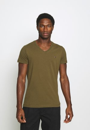 STRETCH V NECK TEE - T-shirt - bas - dark olive