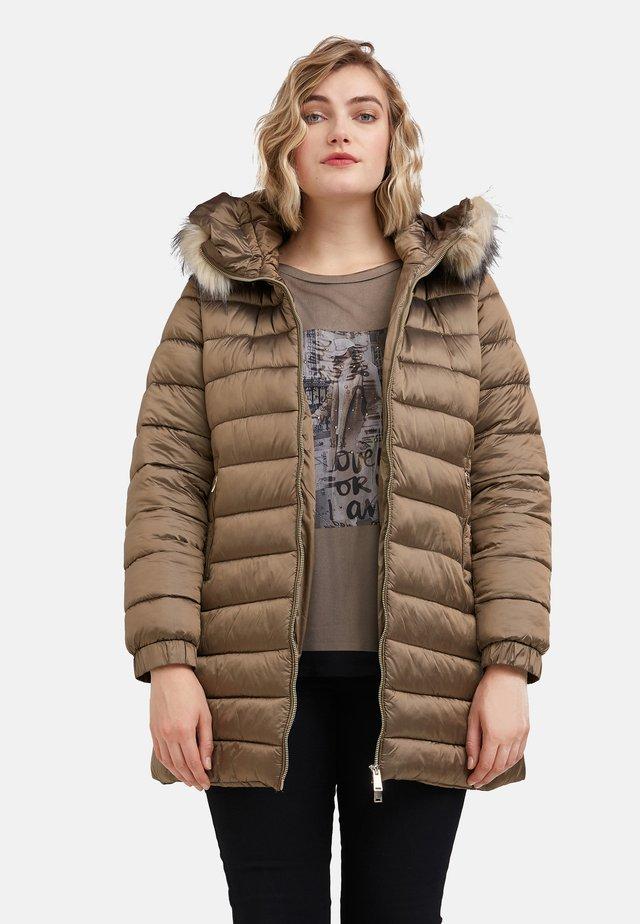 Abrigo de invierno - brown