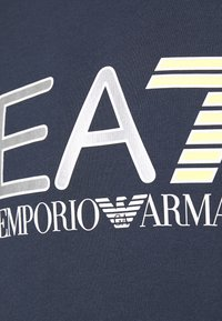 EA7 Emporio Armani - FELPA - Sweatshirt - navy blue - 5