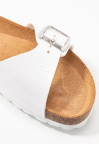 Tamaris - SLIDES - Slippers - white - 2