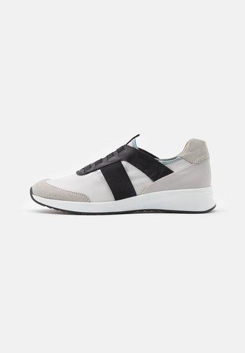 ALL GOOD - Sneakersy niskie - light grey