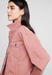 G-Star - 3301 BOYFRIEND DENIM - Denim jacket - dark tea rose - 3