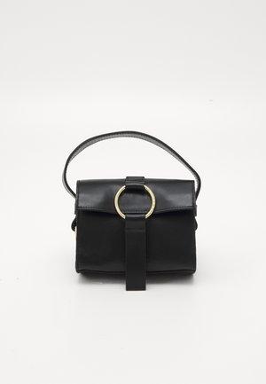 THE ULTRA MINI BAG - Håndveske - black