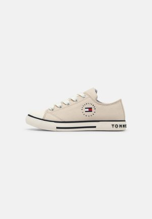 UNISEX - Trainers - off white
